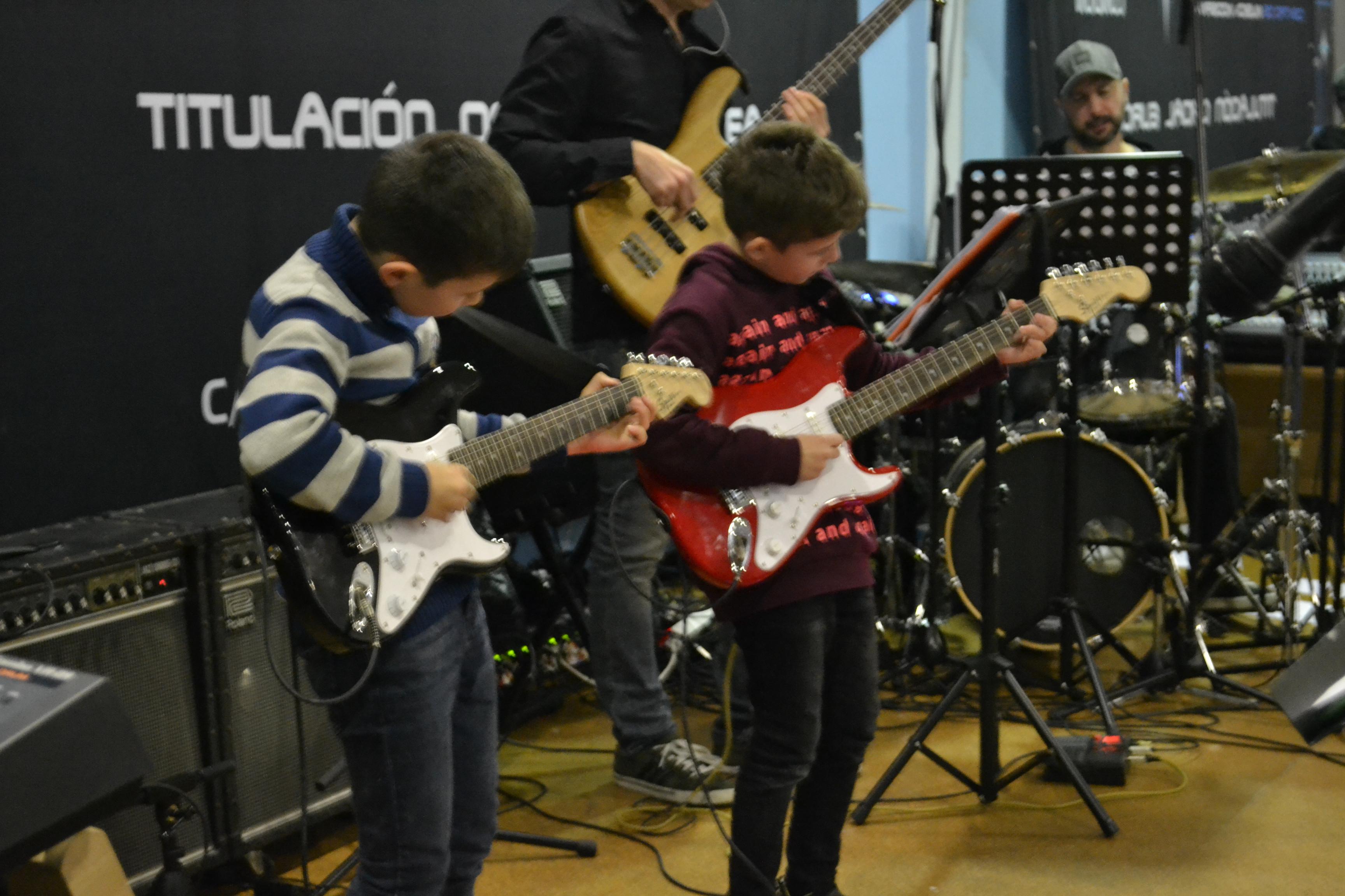 Alumnos guitarra